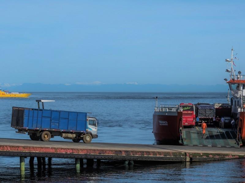 EMPORMONTT - Empresa Portuaria Puerto Montt - EMPORMONTT CONECTADOS CON EL SUR