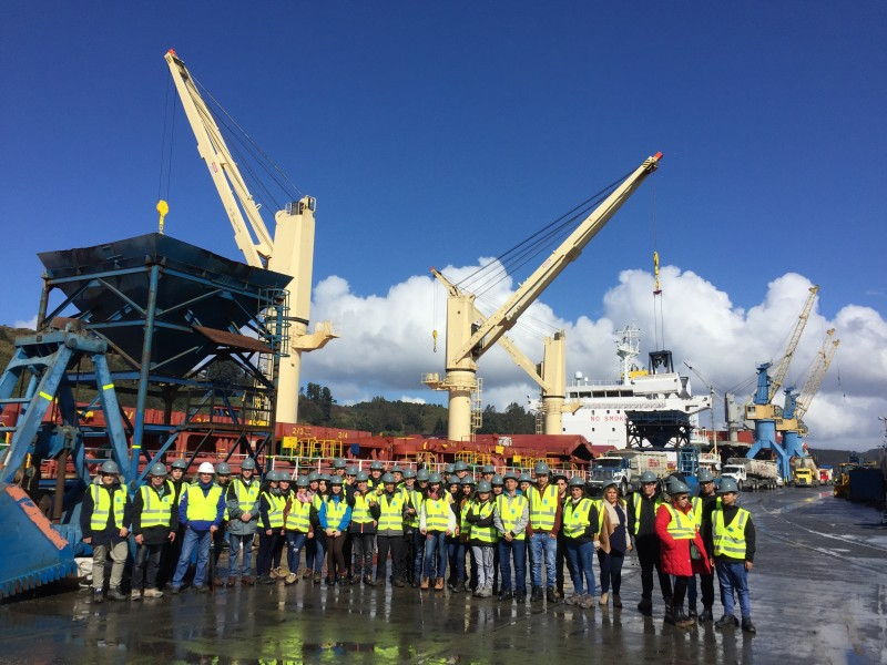 Empormontt recibe visita de alumnos de carreras técnicas marítimo-portuarias de Talcahuano