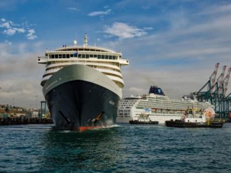 Puertos chilenos concretarán 21 recaladas simultáneas durante la actual temporada de cruceros