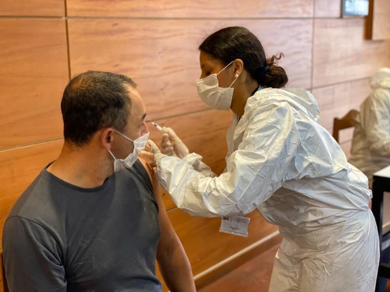 Trabajadores de Empormontt son vacunados contra la influenza